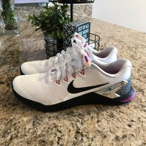 Womens Nike Metcon